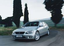 Kupujemy używane: Lexus IS I kontra Audi A4 B5. Klasa premium za stosunkowo niewielką kwotę