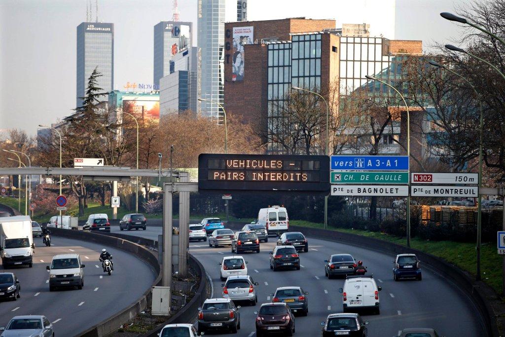 Walka z zanieczyszczeniem powietrza w Paryżu