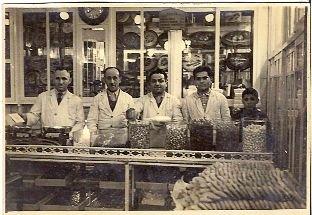 W?sklepie Ali Muhiddin Haci Bekir, którego historia sięga XVIII wieku, można spróbować doskonałego rachatłukum.
