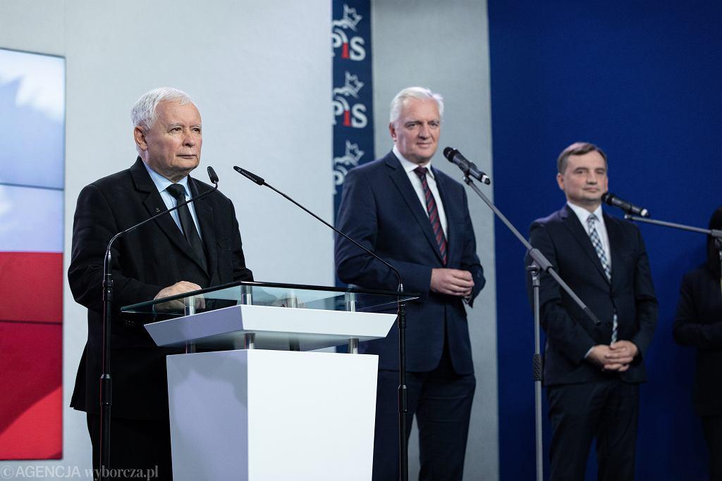 Zjednoczona Prawica. Na zdjęciu: Jarosław Kaczyński, Jarosław Gowin i Zbigniew Ziobro