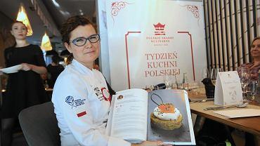 Iwona Niemczewska podczas obiadu prasowego w ramach akcji Kulinarne Zjednoczenie Polski - Tydzień Kuchni Polskiej