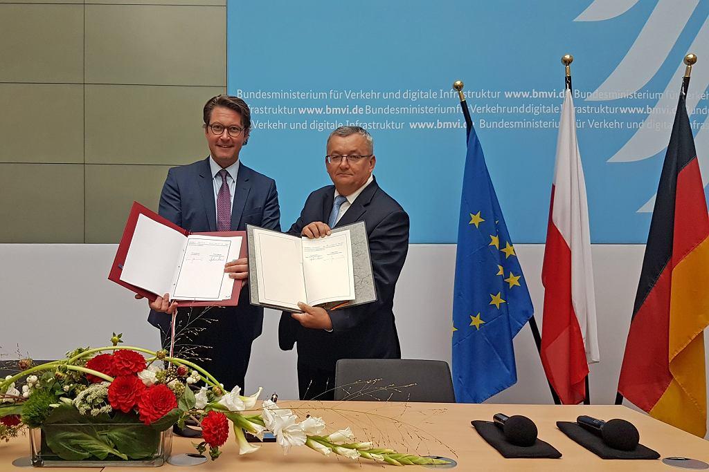 Ministrowie ds. transportu Polski i Niemiec podpisali umowę międzyrządową o budowie mostu na Odrze