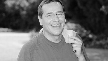 """Jan Pęczek nie żyje. Aktor znany z """"Barw szczęścia"""" miał 71 lat. """"Śmierć była spodziewana i była wybawieniem"""""""