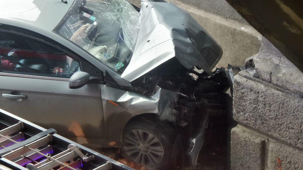 Wypadek pod mostem Poniatowskiego
