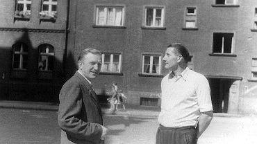 Dziadek Jana Waisa (z lewej) z przyjacielem