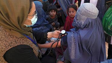 Kobiety szukają bezpiecznej przystani po opanowaniu państwa przez talibów