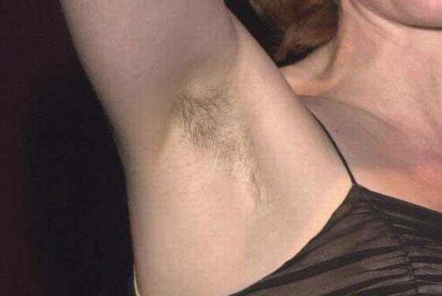 Gillian Anderson, 2001