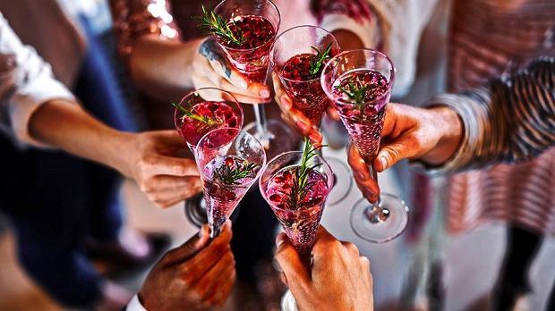 Kształt kieliszka wpływa na smak wina - jakie kieliszki wybierać? Podpowiadamy
