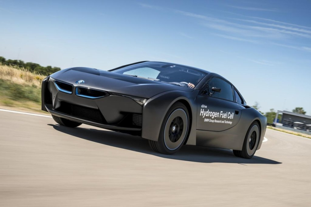 BMW i8 Hydrogen Fuel Cell
