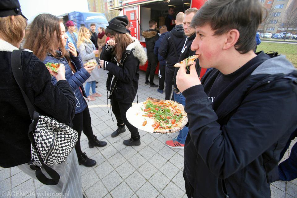 Wielka Szama - zlot food trucków przy Netto Arenie
