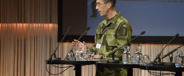 """Szwecja. """"Fałszywy oficer"""" służył w armii 18 lat. Pracował m.in. w NATO"""