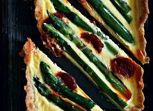 Tarta z chorizo i szparagami - ugotuj