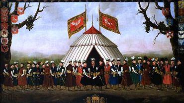 W 1776 r. Sejm uchwalił, że w każdym województwie szlachta będzie nosić żupany i kontusze w ustalonych kolorach. Były to tzw. mundury obywatelskie. Preferowano czerwień łączoną z bielą i barwą granatową. Województwa wschodnie wybrały zieleń, a na zachodzie ulubiony był niebieski. Ozdobą miały być przede wszystkim guzy.