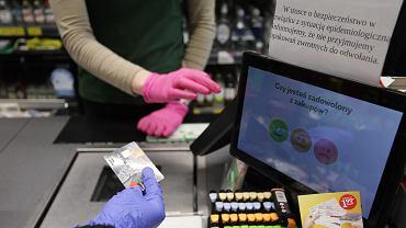Koronawirus. Godziny otwarcia sklepów - Biedronka, Lidl, Żabka, Kaufland, Tesco, Auchan (zdjęcie ilustracyjne)