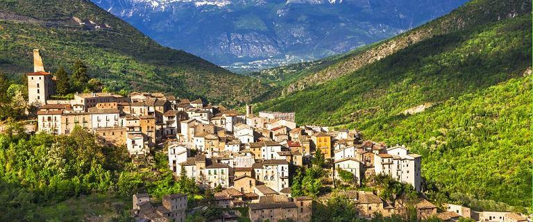 Włochy walczą z wyludnieniem. Już 15 miejscowości oferuje domy od 1 euro