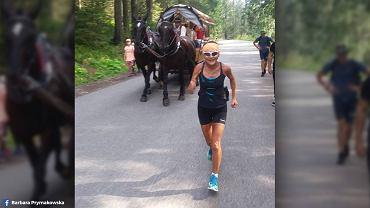 75-letnia pani Barbara biegnie nad Morskie Oko.