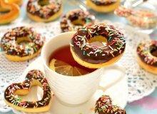 Kolorowe pączki z dziurką z piekarnika - ugotuj