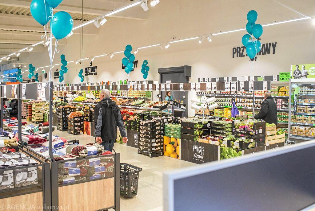 Niedziele handlowe 2018. Czy Lidl, Tesco, Auchan i Biedronka będą otwarte w najbliższą niedzielę?