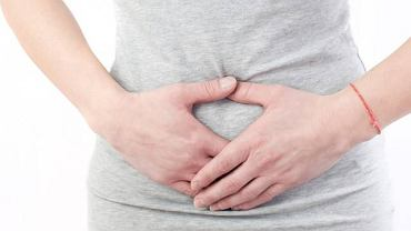 Pierwszą zapowiedzią niepokojących zmian w obrębie dróg rodnych może być silny ból w podbrzuszu