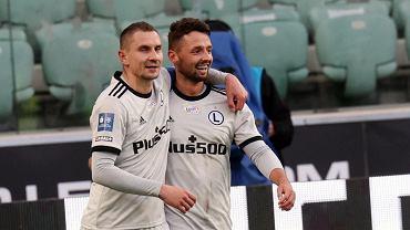 Legia Warszawa zbiera gratulacje za mistrzostwo Polski.