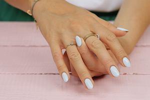 Kolorowe lakiery pięknie wyglądają na paznokciach, ale nie tylko... sprawdź, do czego mogą ci się przydać