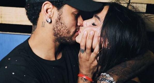 Moje słowa nie są w stanie opisać tego, co do Ciebie czuję. Bruna Marquezine i Neymar na romantycznych wakacjach