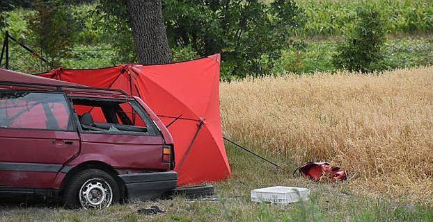 Wypadek w Horodyszczach. Śledczy sprawdzą, czy ktoś dał 14-latkowi kluczyki