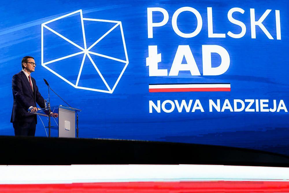 Premier Mateusz Morawiecki podczas prezentacji programu 'Polski ład' zapowiedział budowę domów bez zezwoleń. Na terenach, na których nie ma planu zagospodarowania, trzeba będzie jednak wystąpić o warunki zabudowy