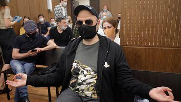 Rosyjski reżyser teatralny i filmowy Kiriłł Sierebriennikow tuż usłyszeniem werdyktu. Moskwa, 26.06.2020 r.