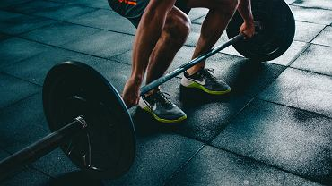 Trening siłowy. Jak dobrze rozpocząć trening?