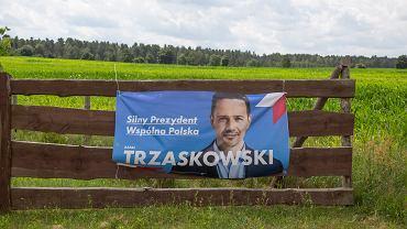Plakat Rafała Trzaskowskiego - zdjęcie ilustracyjne