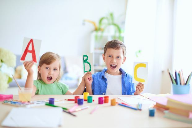Głoski - podział, dzielenie wyrazów na głoski i litery