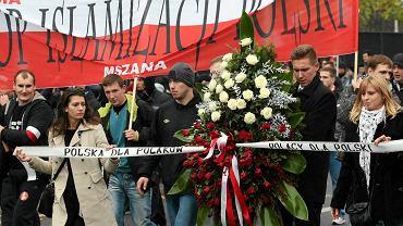 'Polska dla Polaków - Polacy dla Polski - demonstracja prawicowców - 'Marsz Niepodległości'. Warszawa, 11 listopada 2015