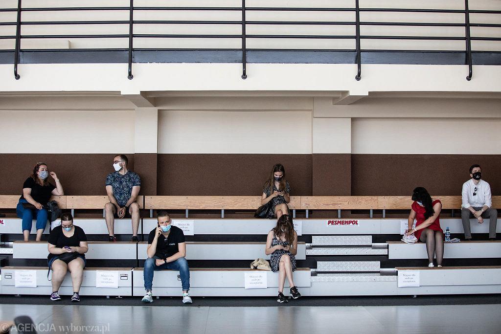 Centrum Sportowe UMCS przy ul. Langiewicza. Szczepienia studentów przeciw COVID - 19