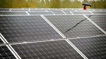 Fotowoltaika na dachu budynku wodociągów. Ruda śląska, 16 października 2012