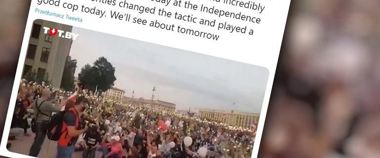 Dziesiątki tysięcy strajkujących Białorusinów. Morze świateł w Mińsku