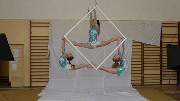 Gimnastyczki z zespołu ETC Mysticque przed występem w Mam Talent