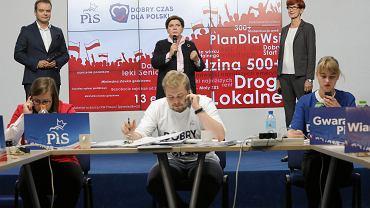 Call center Prawa i Sprawiedliwości w Warszawie.