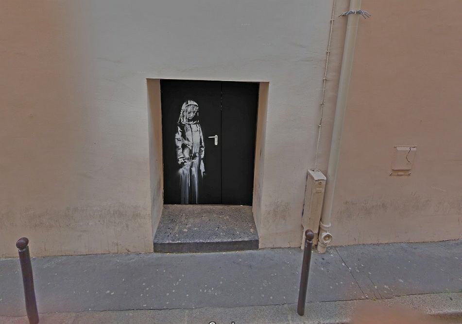 Paryż. Skradziono dzieło Banksy'ego z drzwi klubu Bataclan
