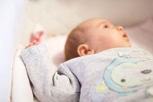 Asymetria ułożeniowa u niemowląt: objawy i leczenie