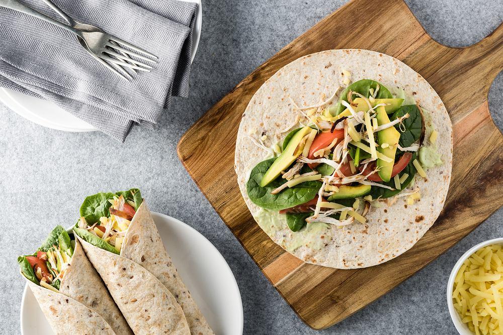 Tortilla to składnik powiązany z kuchnią meksykańską.
