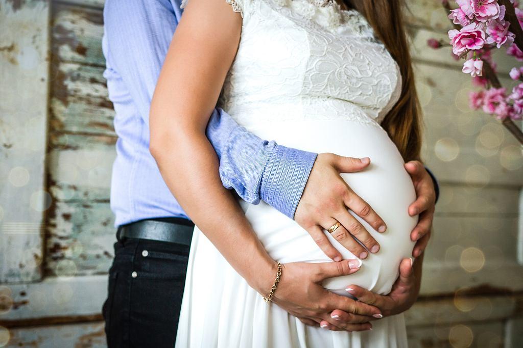 Ślub z powodu ciąży, zdjęcie ilustracyjne