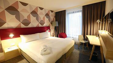 Jarosław Gowin zapowiedział kontrole w hotelach