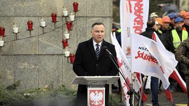 Prezydent Andrzej Duda na 49. rocznicy szczecińskiego Grudnia '70. Przedstawicieli opozycji pod stocznią nie było