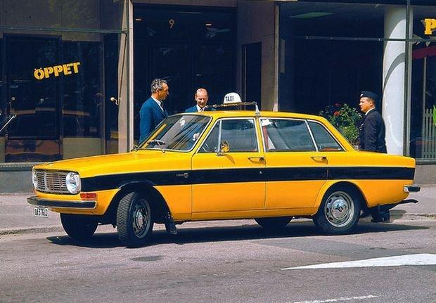 Dawna taksówka w Sztokholmie - Volvo 144