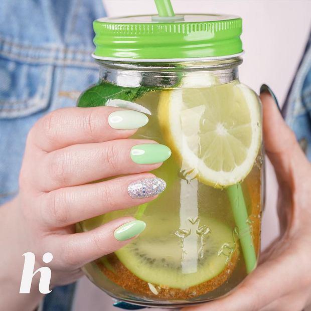 Wiosenny manicure hi hybrid