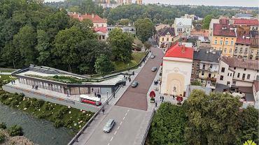 Projekt 'Szlakiem Cieszyńskiego Tramwaju' przewiduje gruntowny remont rynku, ulicy Głębokiej i fragmentu ulicy Zamkowej oraz przebudowę budynku dawnej strażnicy granicznej mieszczącej się przy ul. Zamkowej 1