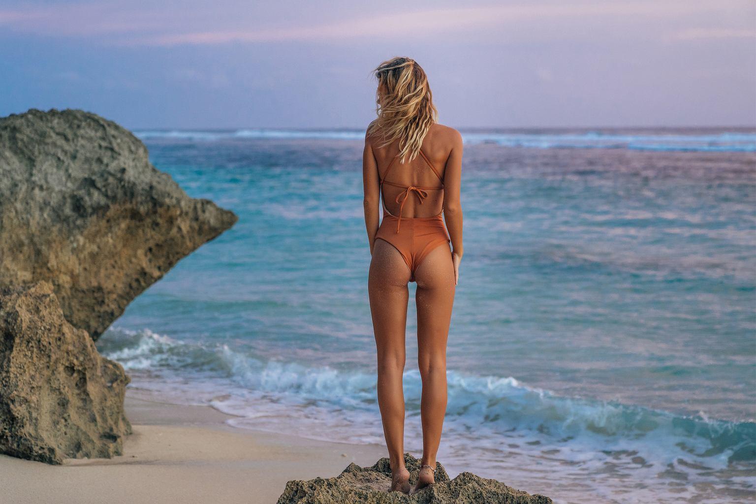 Trendy 2019: wybieramy najpiękniejsze stroje kąpielowe