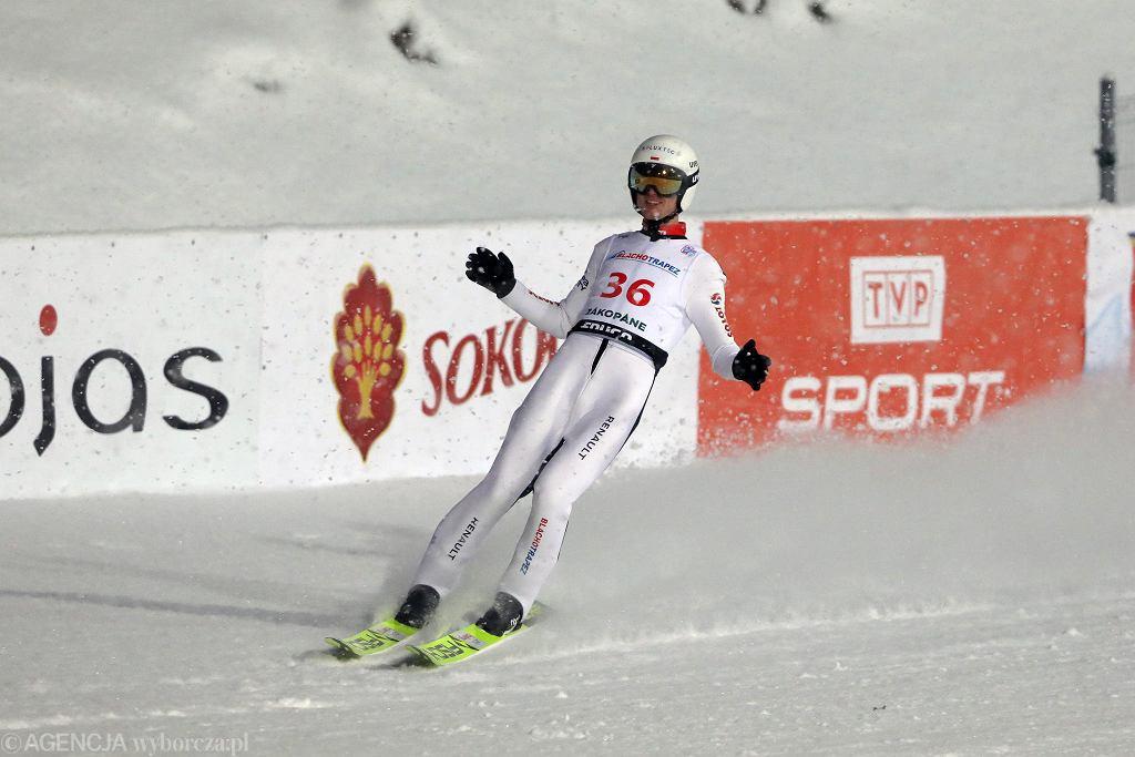 Andrzej Stękała podczas zawodów Pucharu Świata. Zakopane, Wielka Krokiew, 13 lutego 2021