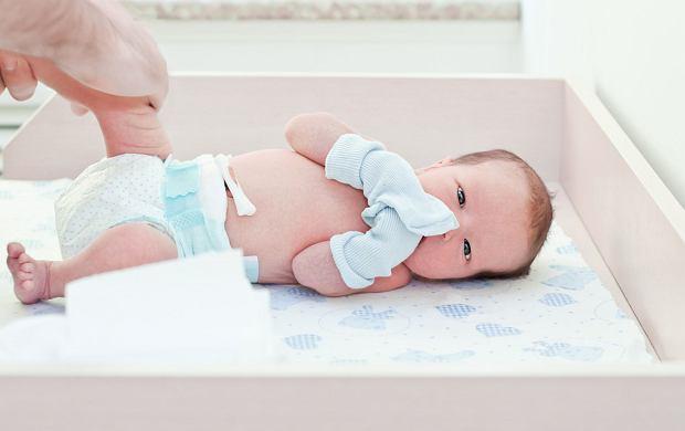 Kikut pępowinowy. Jak dbać o pępek noworodka?